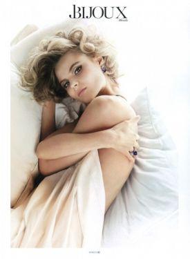 Piękna Magdalena Frąckowiak w majowym Vogue Paris!