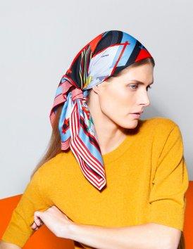 Apaszka Hermès na 12 sposobów (katalog z Małgosią Belą)