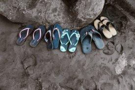 Najlepsze buty na plażę – w jakie modele warto zainwestować?