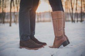 Kozaki damskie – pielęgnacja zimowego obuwia