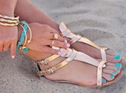 Stopy gotowe na sandały