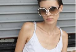 Victoria Beckham i jej kolekcja okularów przeciwsłonecznych